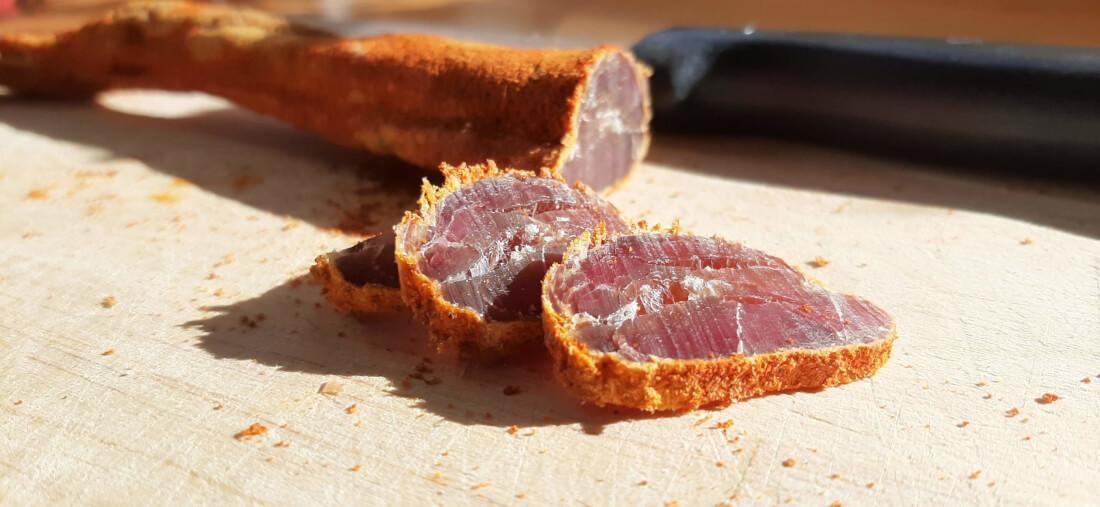 Domácí sušené maso – ideální svačina na ryby
